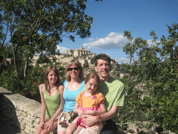 provence-outside village of gordes