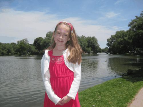 canada-ontario-stratford-girl by avon river