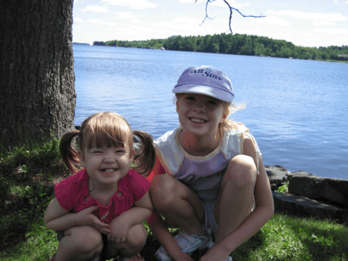 quebec-chateau montebello-girls by river