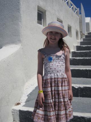 greece-santorini-young girl