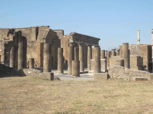 Italy-Pompeii ruins