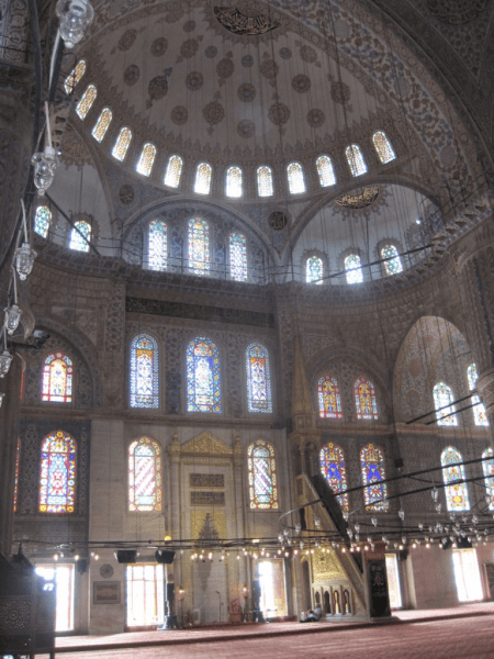 Turkey-Istanbul-Inside Blue Mosque