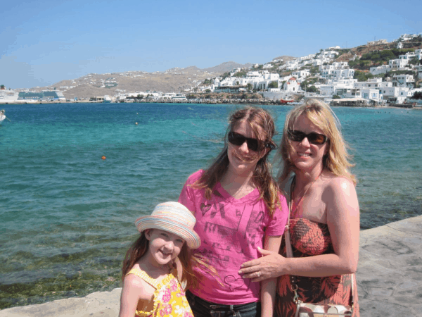 greece-family visiting Mykonos