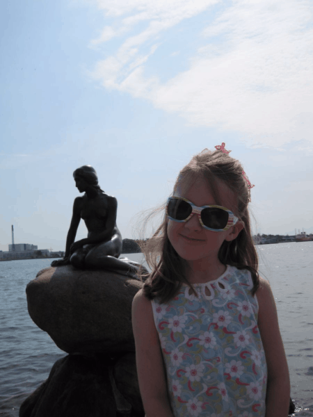 Denmark-Copenhagen-with Little Mermaid statue