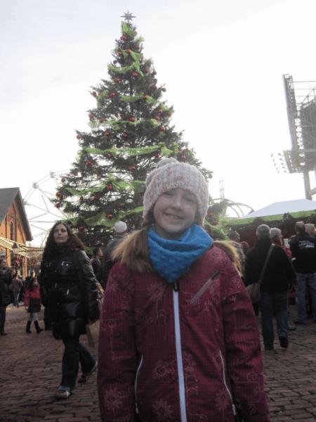 Toronto-Christmas Tree in Distillery District