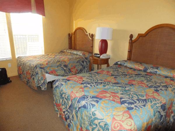Orlando-Lake Buena Vista Resort-Bedroom