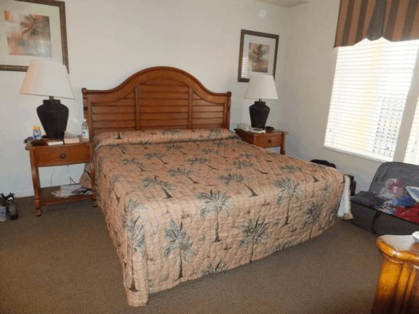 Orlando-Lake Buena Vista Resort-Master Bedroom