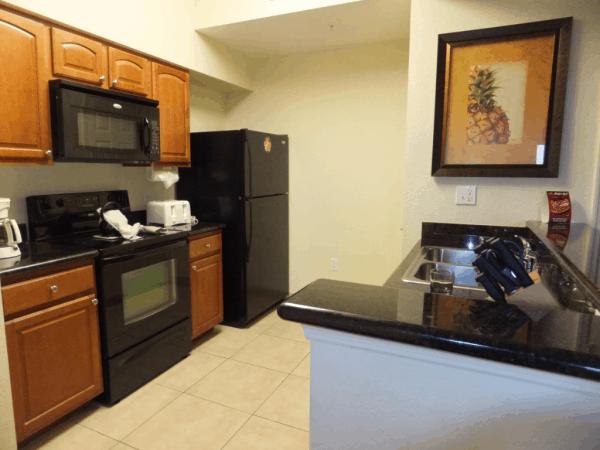 Orlando-Lake Buena Vista Resort-Kitchen