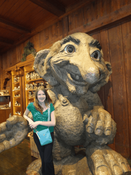 Disney World-EPCOT-Norway with a troll