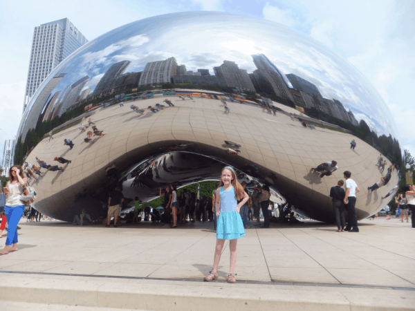 Chicago-Cloud Gate-sunny day