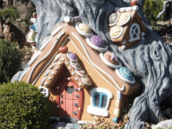 Gingerbread House-Disneyland Paris