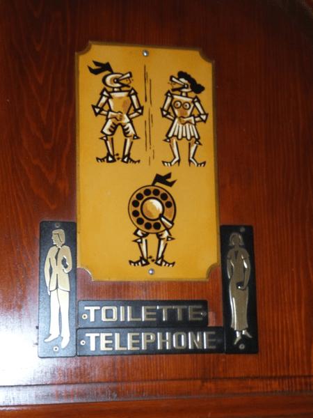 Switzerland-Geneva-Toilet sign at Hotel les Armures