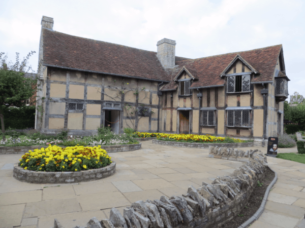 Stratford-upon-Avon - Shakespeare's Birthplace from the Garden