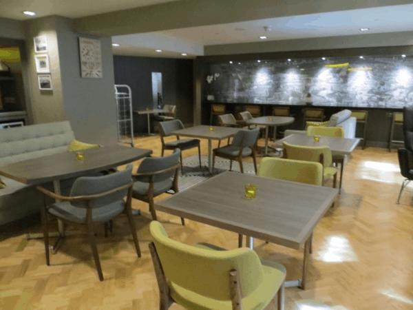 Citadines-Trafalgar-Square-London-Breakfast-Room
