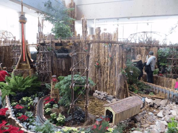 Royal-Botanical-Gardens-Train-Show2