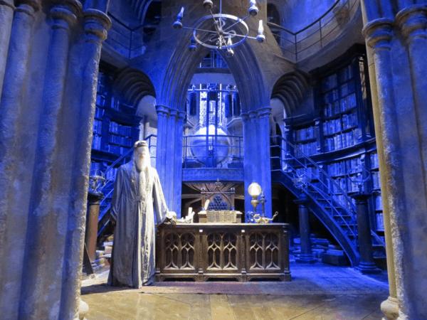 Warner-Bros-Studio-Tour-London-Dumbledore's-office