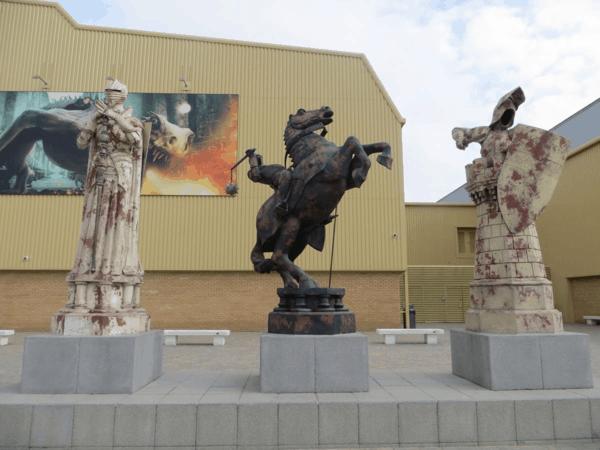 Warner-Bros-Studio-Tour-London-Chess-Figures
