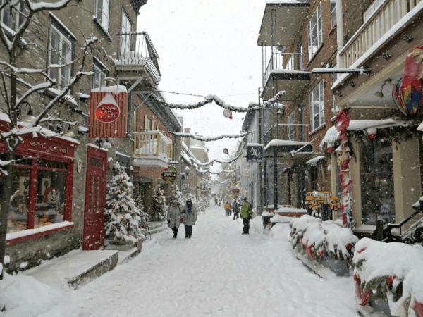 Quebec-Rue Petit Champlain-winter-2-ed