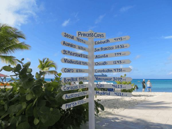 Bahamas-Princess-Cays-direction-sign
