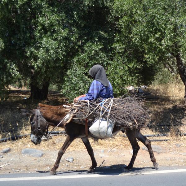 greece-crete-village-transportation