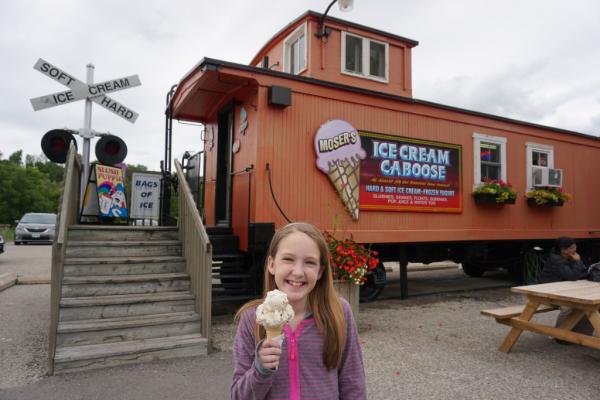 St jacobs-ice cream caboose