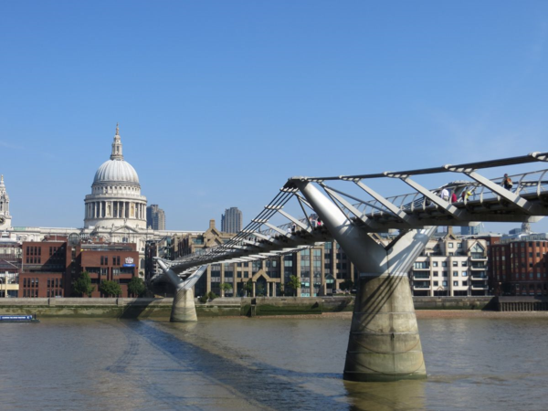 London Millennium Bridge