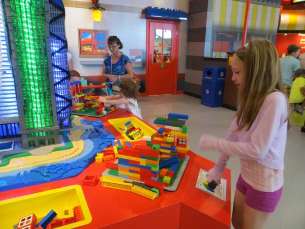 Earthquake Centre at LEGOLAND Discovery Centre Toronto