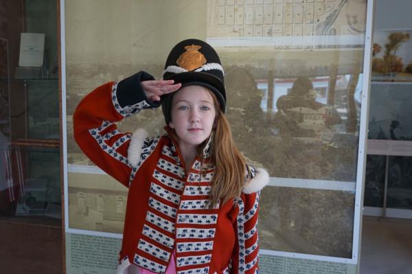 Fun things to do in Niagara Falls Canada-Niagara falls history museum-war of 1812-dress up