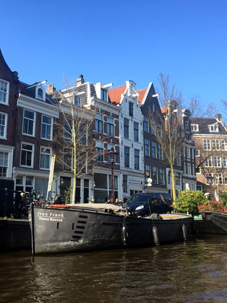 netherlands-amsterdam-canal houses-boat