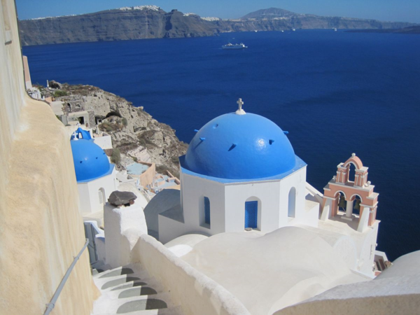Greece-Santorini-Oia-Blue domed churches