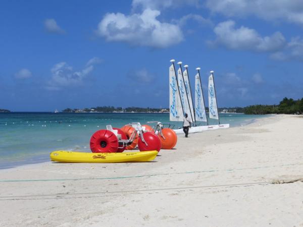 Beaches-Negril-beach-activities