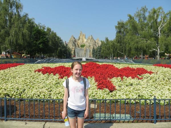 Canada's Wonderland-arriving at park