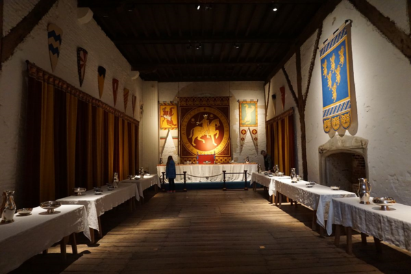 England-dover castle-great tower-banquet hall