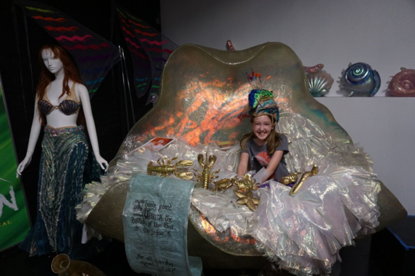 Walks of new york-disney on broadway-little mermaid clamshell