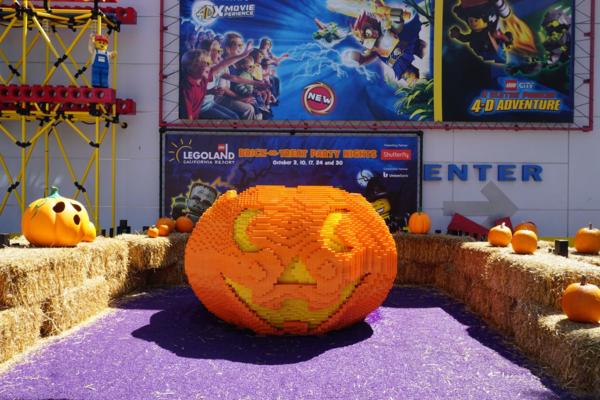 Legoland california-brick or treat-lego pumpkin