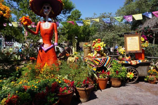 Disneyland-frontierland-dia de los muertos