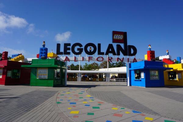 Legoland california-entrance