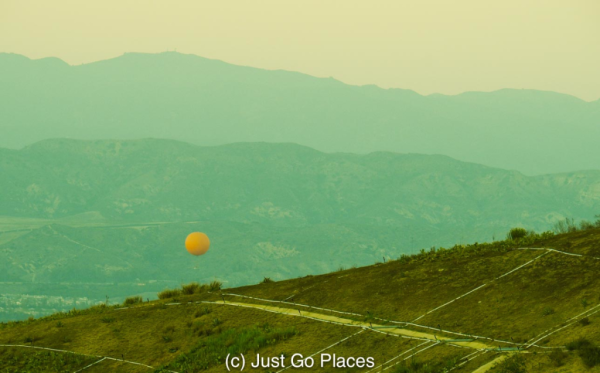 california-irvine-orange balloon in great park