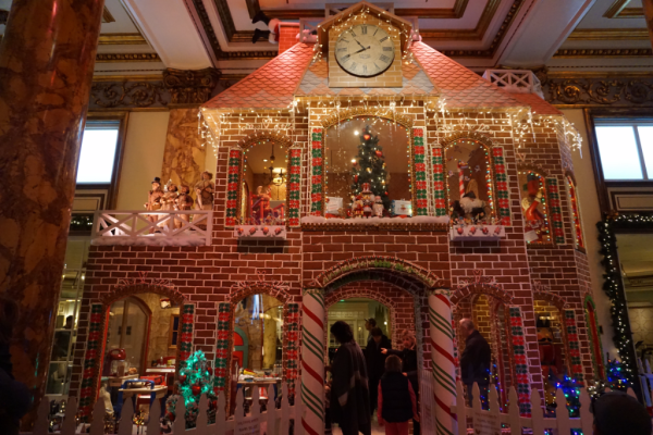 California-san francisco-fairmont-gingerbread house