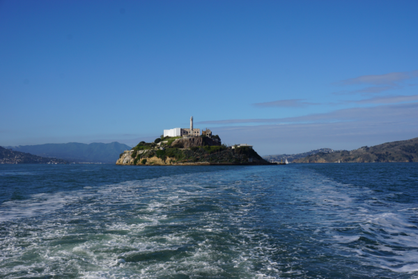 California-san francisco-alcatraz island-from ferry