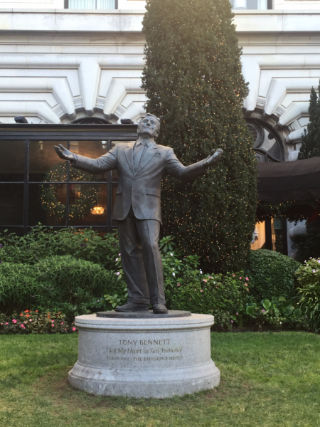 California-san francisco-fairmont san francisco-tony bennett statue