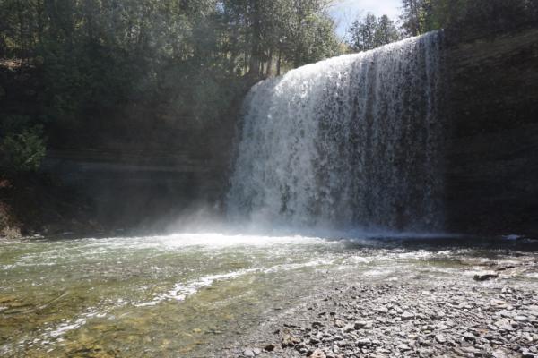 Canada-manitoulin island-kagawong-bridal veil falls