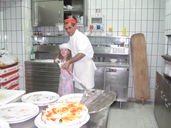 Italy-Making pizza in Sorrento