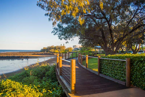 australia-queensland-bargara-boardwalk along beach