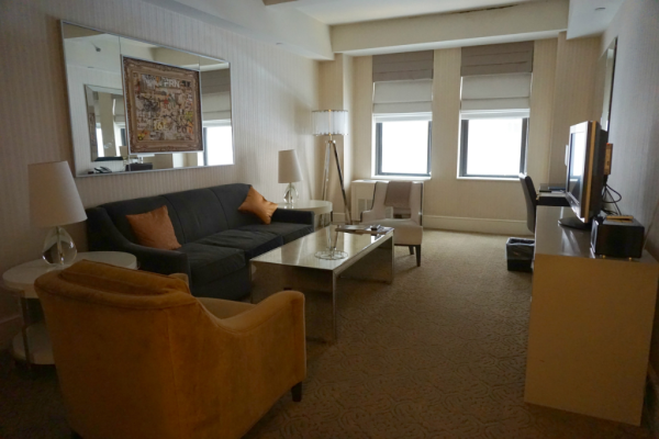 New york city-the benjamin hotel-suite living room-ed