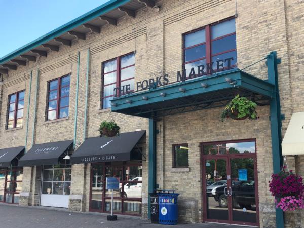 Manitoba-winnipeg-the forks market entrance