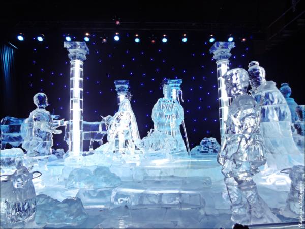 Gaylord Texan Resort-Grapevine-ice sculptures