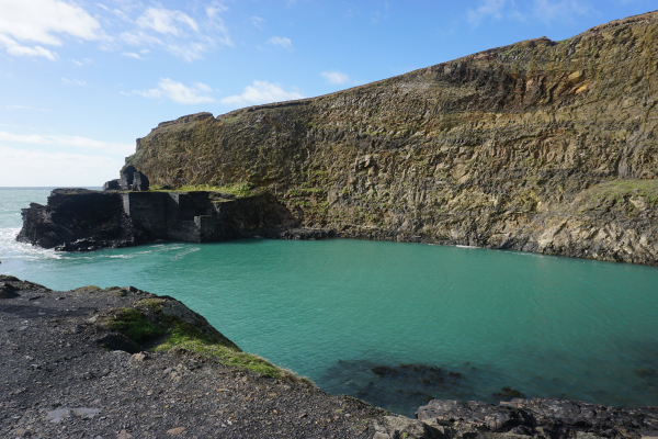 Wales-cardiff to pembrokeshire day trip-blue lagoon