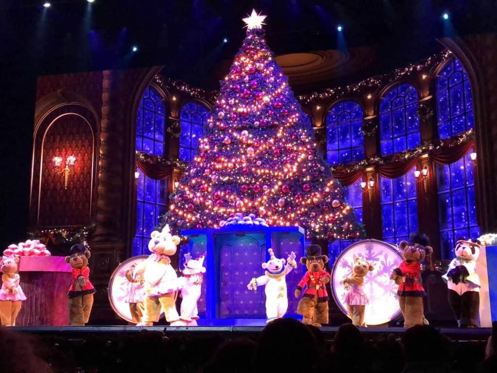 nutcracker teddy bears-radio city christmas spectacular-new york city