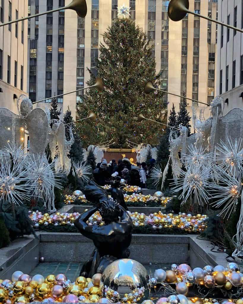 rockefeller christmas tree and gardens-new york city at christmas